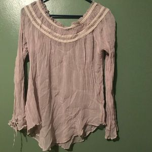 Lilac top with tie sleeves